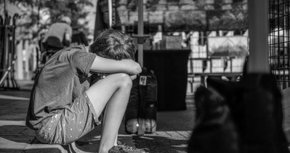 """W katolickich szkoła w Chile ucierpiało 28 ofiar wykorzystywania seksualnego – potwierdziła tamtejsza prokuratura. Placówki prowadzone były przez Braci Marystów, podał w sobotę chilijski portal """"24 Horas"""". Do nadużyć miało dochodzić w latach 1970-2004."""