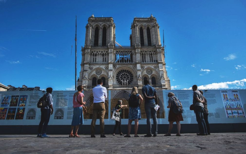 France will provide tourists with polymerase chain reaction (PCR) tests