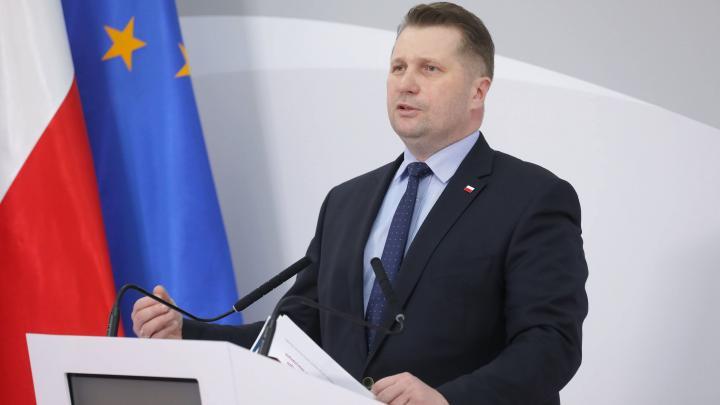 Kazanek: It is very embarrassing to accept KRASP's position regarding academic freedom