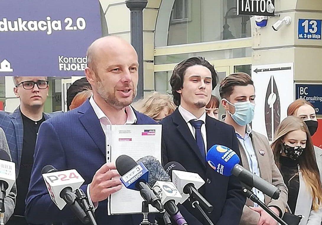 Spotkanie Konrada Fijołka z radnymi, samorządowcami i architektami