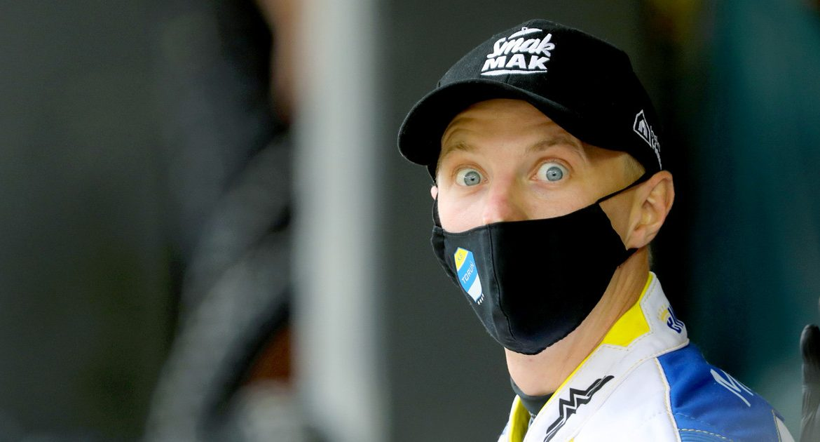 Motorcycle Racing: The contestants laugh at the wild cards in the SEC