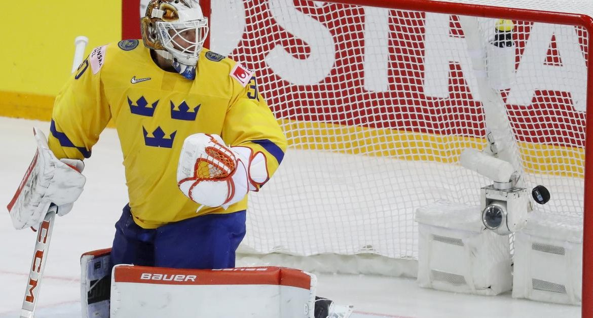 Surprise in the world hockey championship.  Denmark won with Sweden