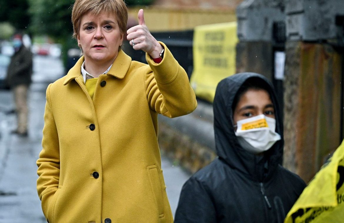 The Scottish National Party wins the election again.  And he declares: It is time for the independence referendum  world News