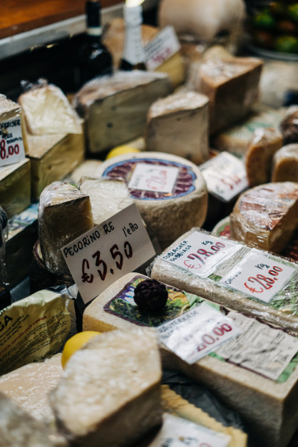 99% of Italian cheeses in the US are fake