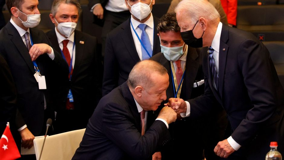 """Biden-Erdogan meeting.  """"There is no problem that cannot be solved"""" 