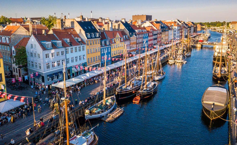 Denmark, Copenhagen.  The pipeline has burst and the sewage has gone to the Baltic Sea بحر