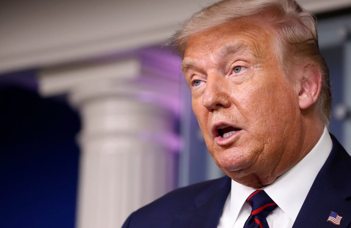 Facebook suspended Donald Trump's account.  The former US president will not benefit for two years