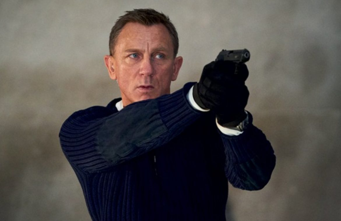 James Bond is the favorite hero of the British.  Superman is in the last step of the podium