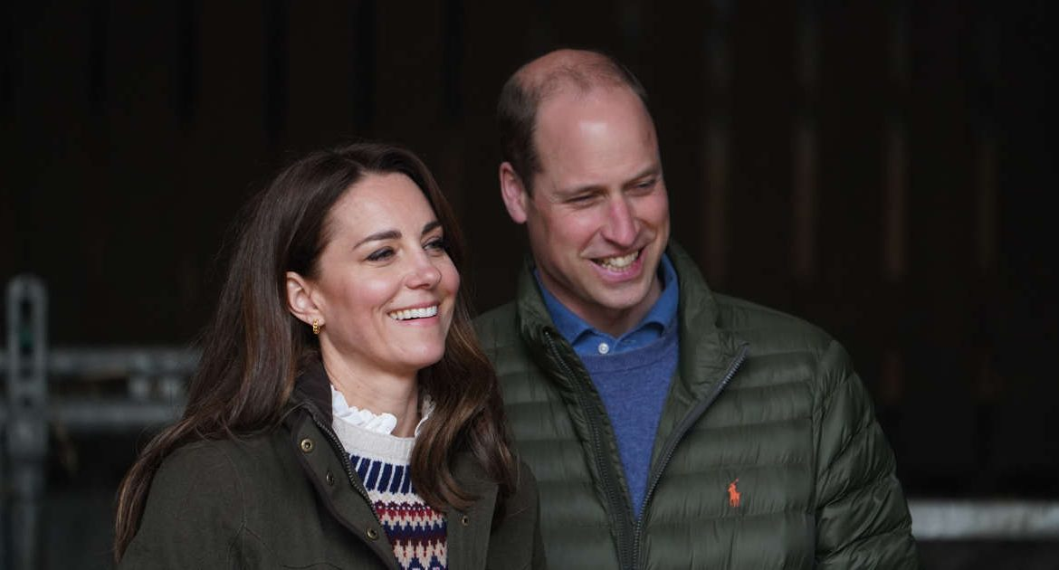 Princess Kate and Prince William have been given a special mandate by the Royal Court.  They have to avoid the crisis