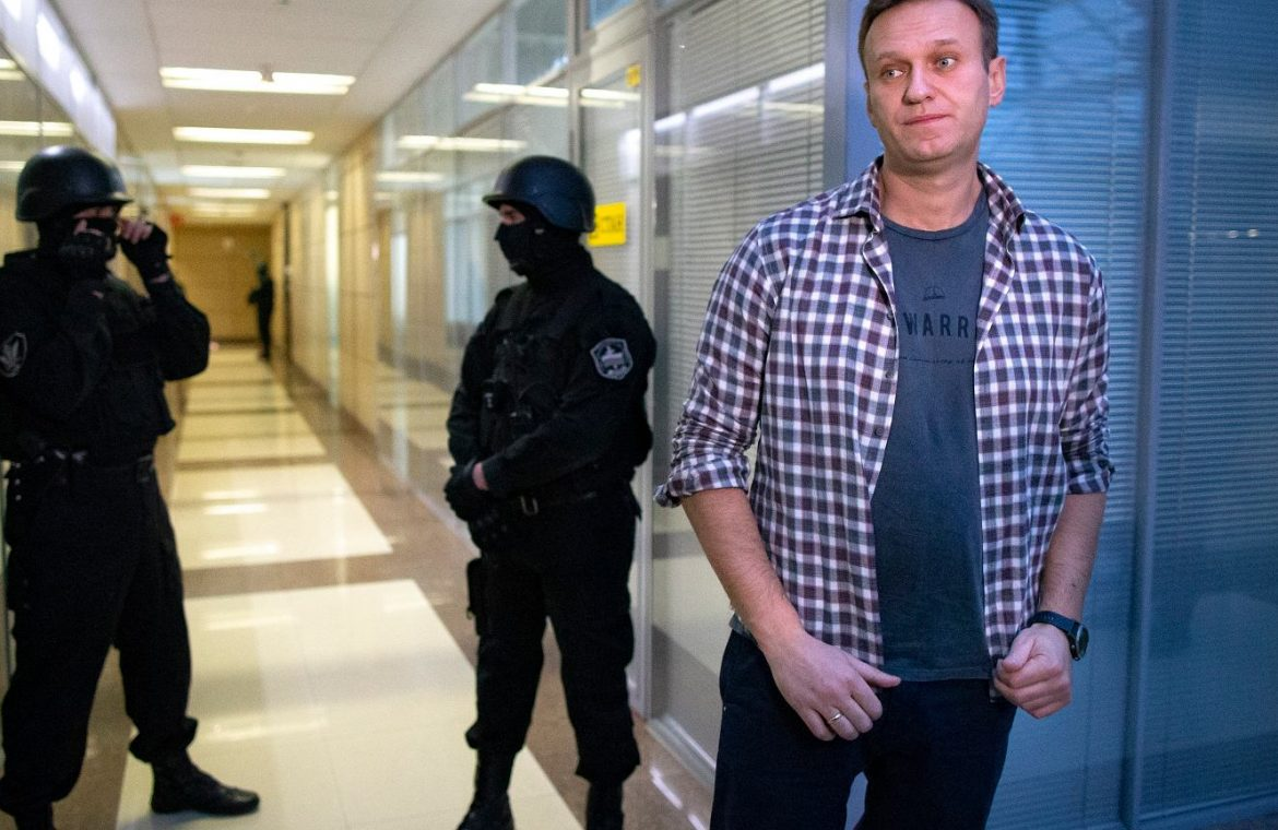 Russia.  The court recognized Alexei Navalny's organizations as extremist.  Immediate ban on operation |  world News