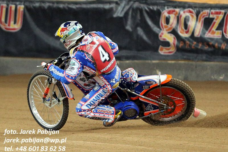 slag.  Jason Crump's unsuccessful return to law enforcement.  Ipswich witches home failed