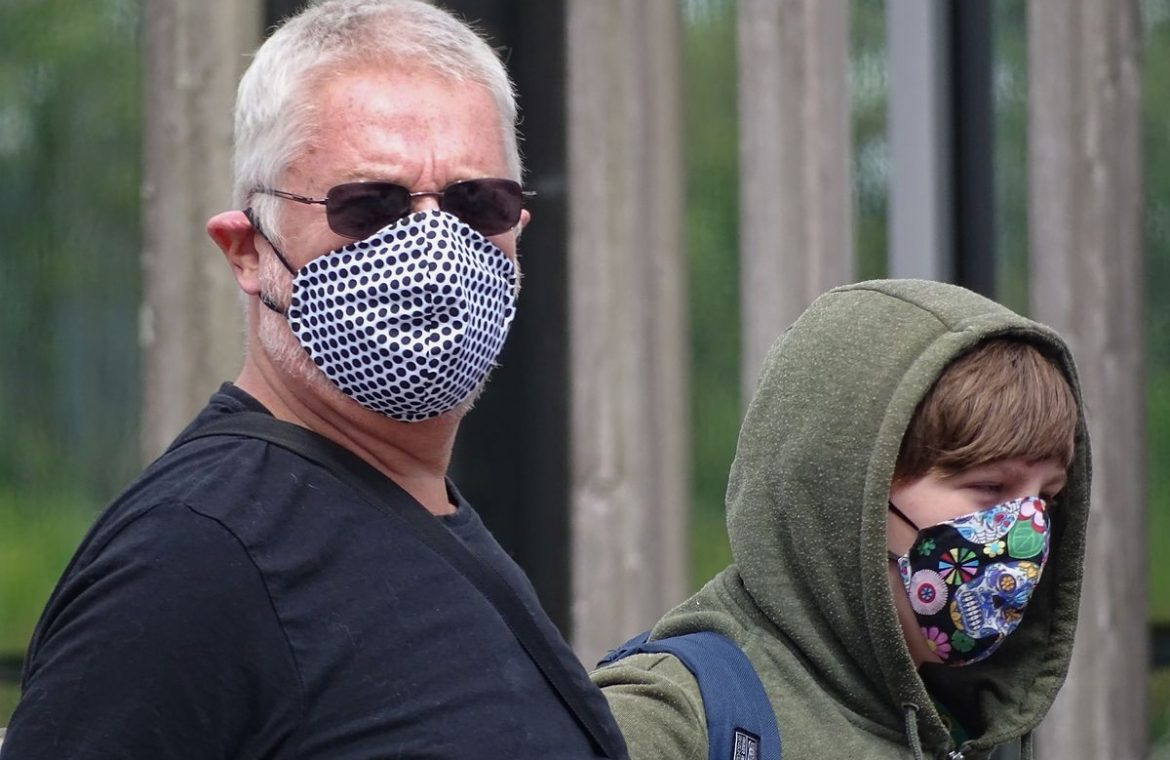 Take care of the mask.  A holiday ticket can be up to 1900 PLN