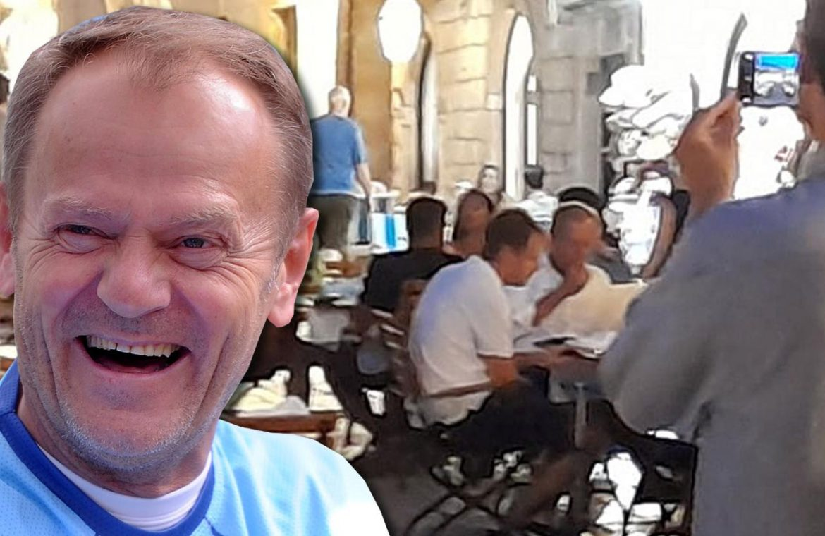 Tusk on vacation in Croatia.  He eats something that caused the collapse of his government?  - Super Express