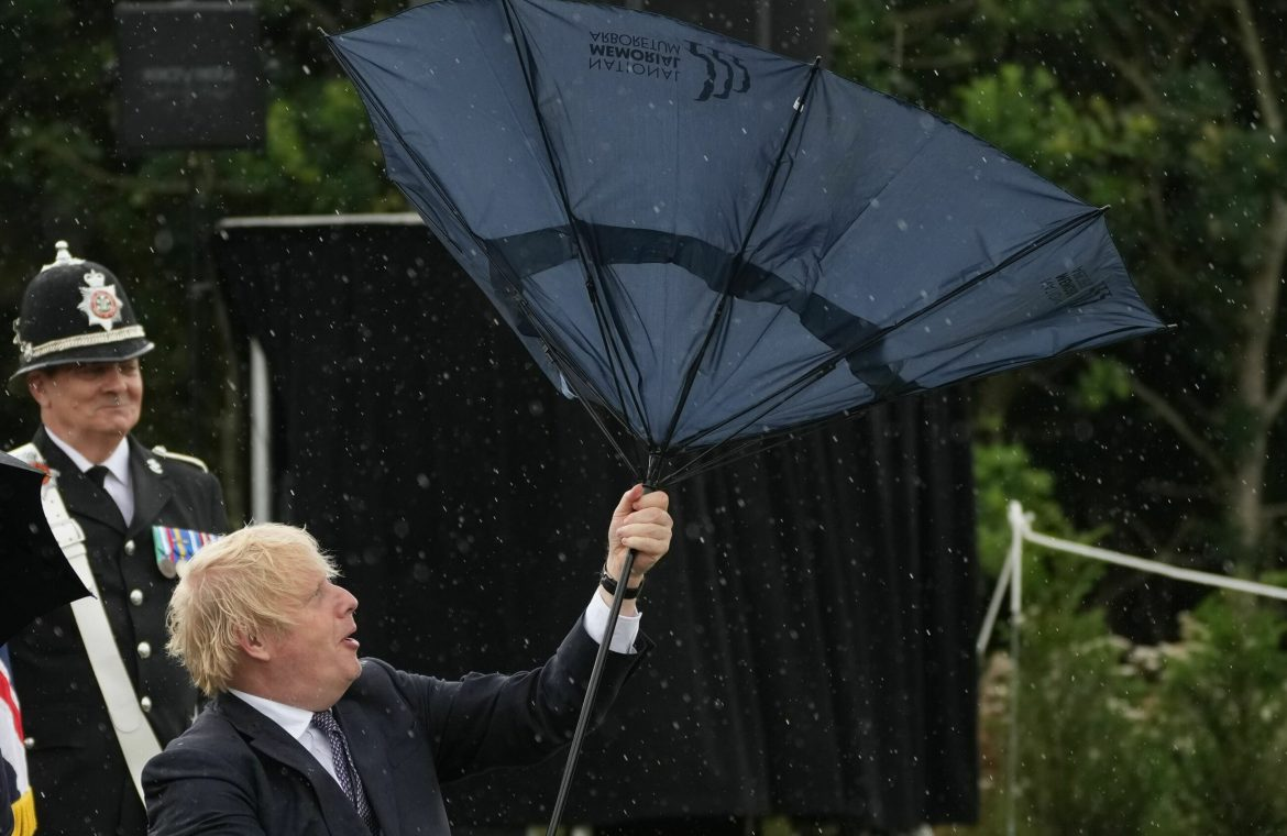 Boris Johnson could not hold the parachute.  Prince Charles' reaction says it all