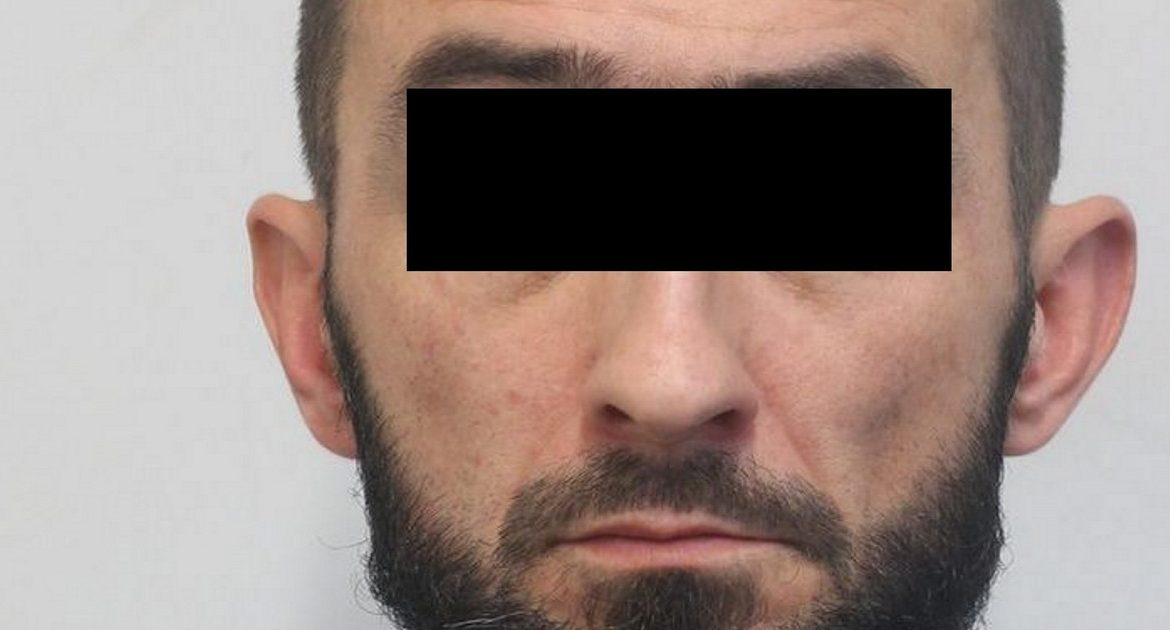 Pole Łukasz P. poured acid on his former partner.  out of jealousy