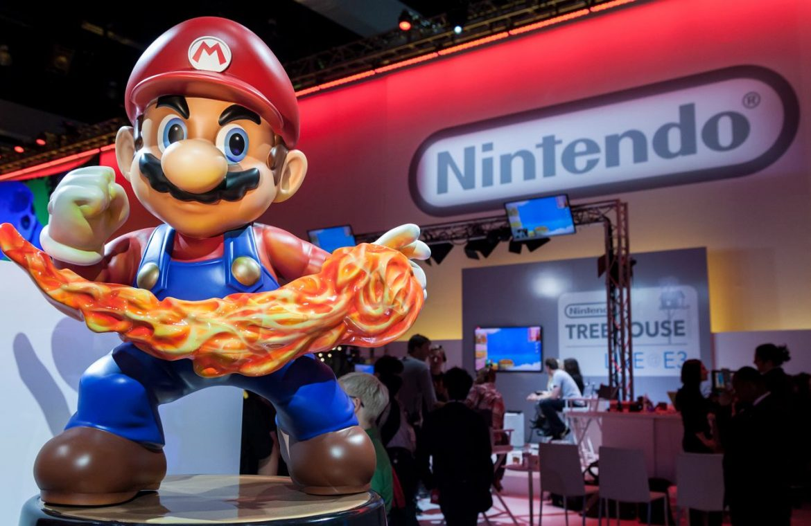 The owner of RomUniverse owns 3.5 thousand.  years to pay off Nintendo.  However, he was unable to pay the first installment