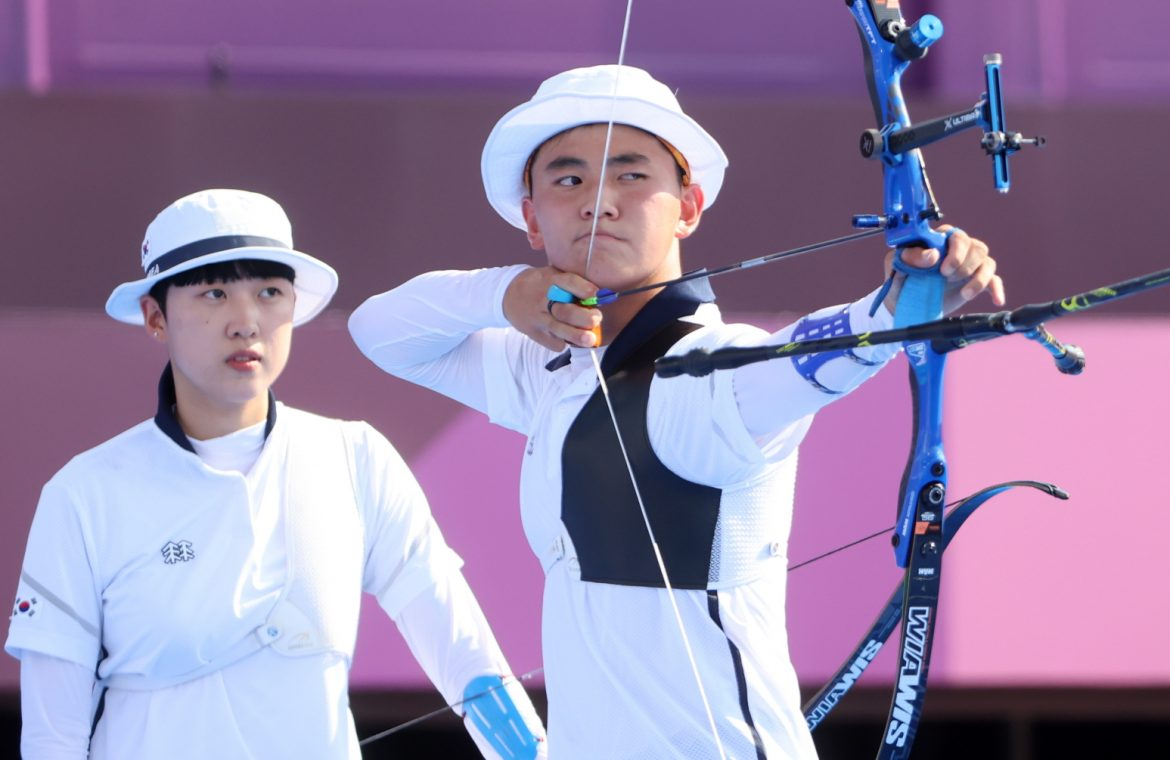 Tokyo 2020. The distribution of the first medals in shooting.  gold for korea