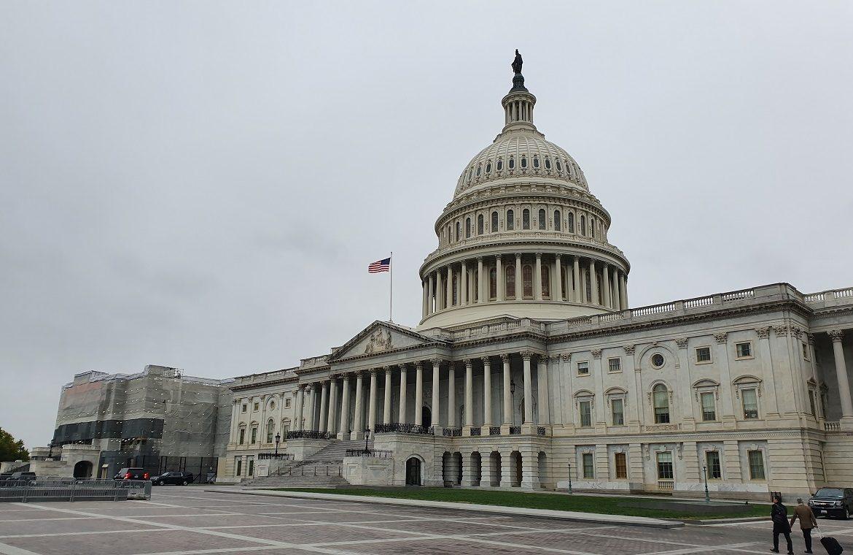 US will not lift travel ban on EU citizens
