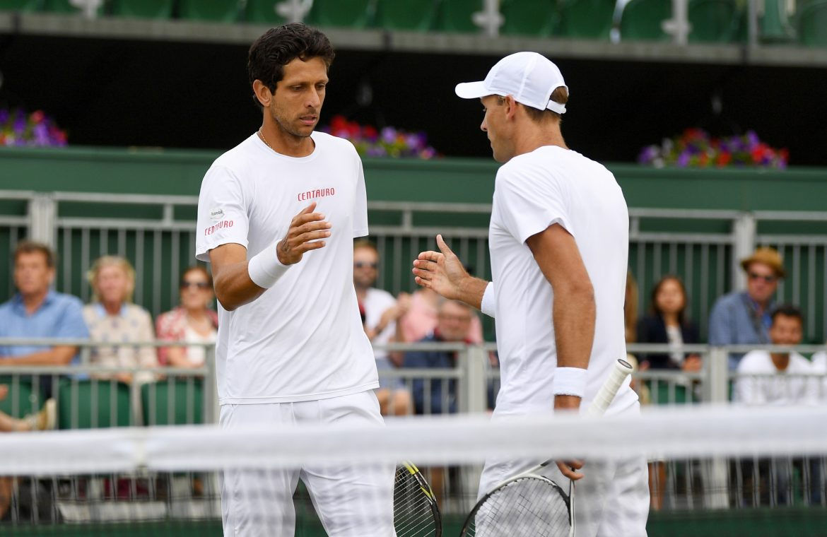 Wimbledon: Lukasz Kubot and Marcelo Melo continue to play.  It'll be a big hit