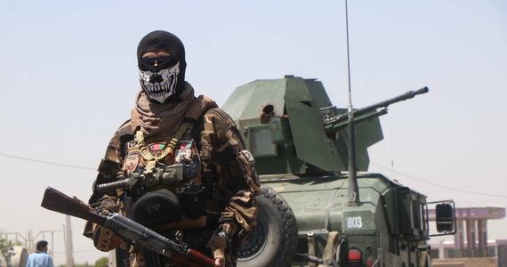 Talibowie zdobyli Kunduz, ósme pod względem wielkości miasto Afganistanu i ważny ośrodek handlowy, a także Sar-e-Pol na północy kraju. To kolejne już stolice prowincji odbite z rąk sił rządowych przez talibów, którzy w momencie wycofywania z Afganistanu wojsk międzynarodowych dążą do przejęcia kontroli nad całym krajem.