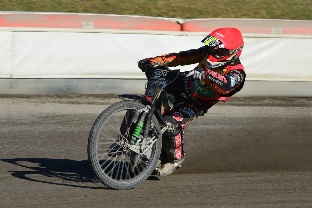 slag.  A former Polish champion before the chance to return to the track and start the World Championships