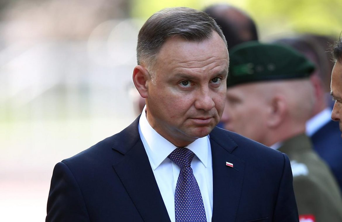 President Duda was at the harvest festival and had already left Poland.  You won't guess where!  - Super Express