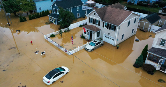 USA: Hurricane Henry turned into a tropical storm.  140 thousand people without electricity