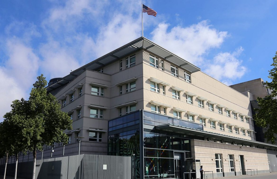 Germany.  US diplomats complain of symptoms of Hawaii syndrome.  Nausea, fatigue and earache |  News from the world