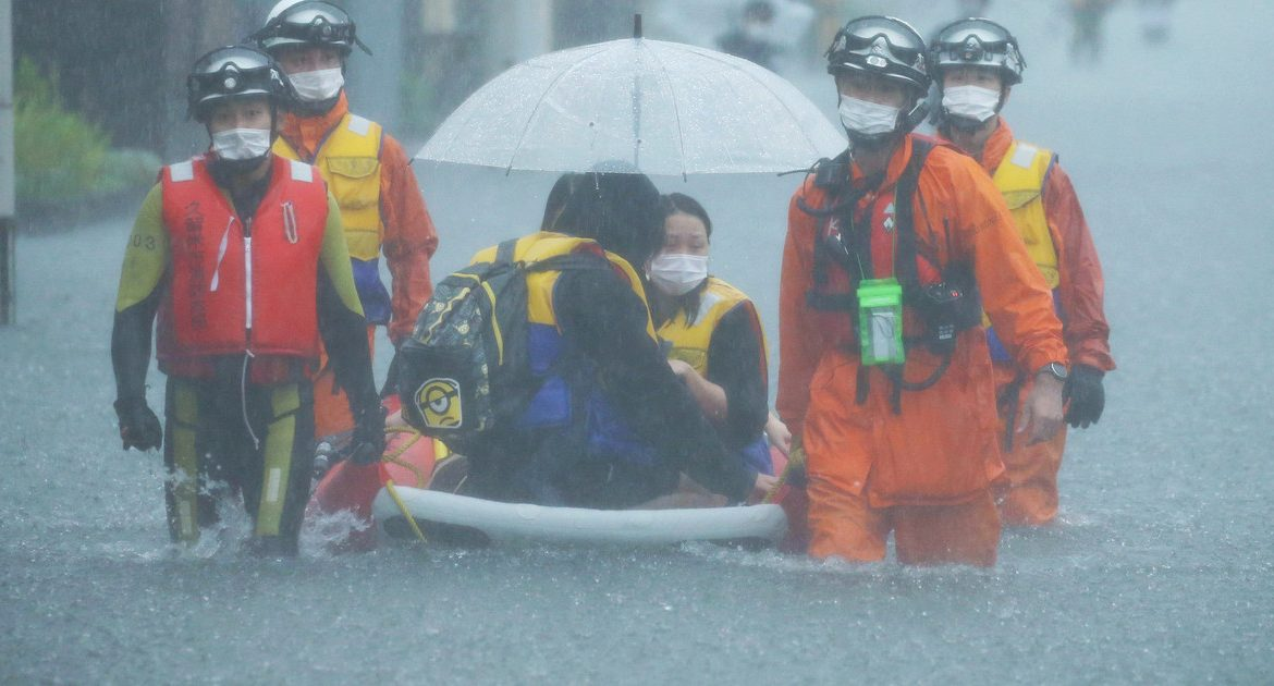 Heavy rains and floods in Japan.  Millions are at risk of eviction.  One person died, they are lost