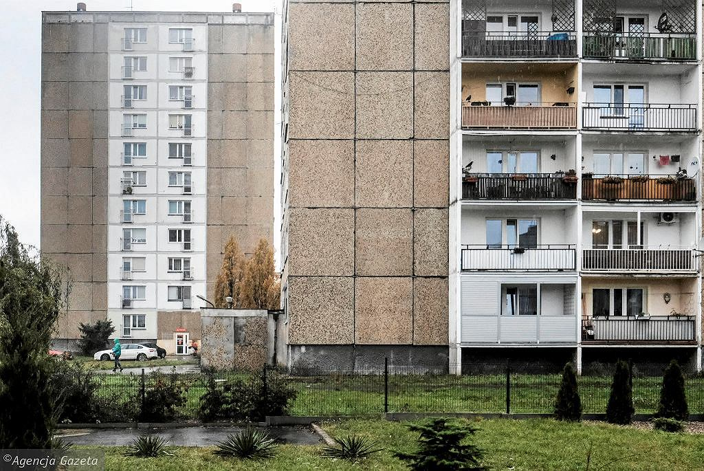 There is an average of 29 square meters per pole.  A place of residence / residence.  Only in Romania is worse