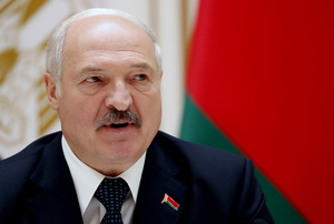 Unofficial: Lukashenka continues to bring migrants to the borders with Poland and the Baltic states