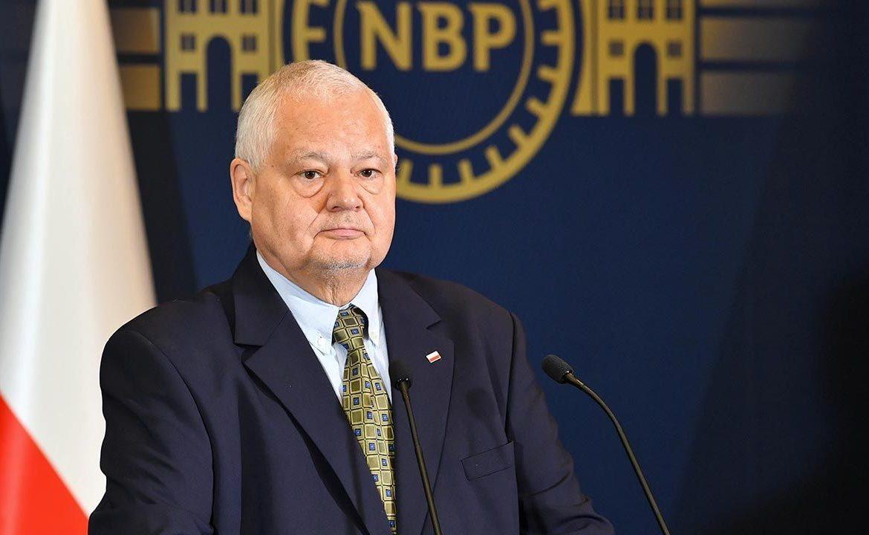 Adam Glapińskim podzielił sięoptymistycznymi wiadomościami o polskiej gospodarce (fot. PAP/Radek Pietruszka)