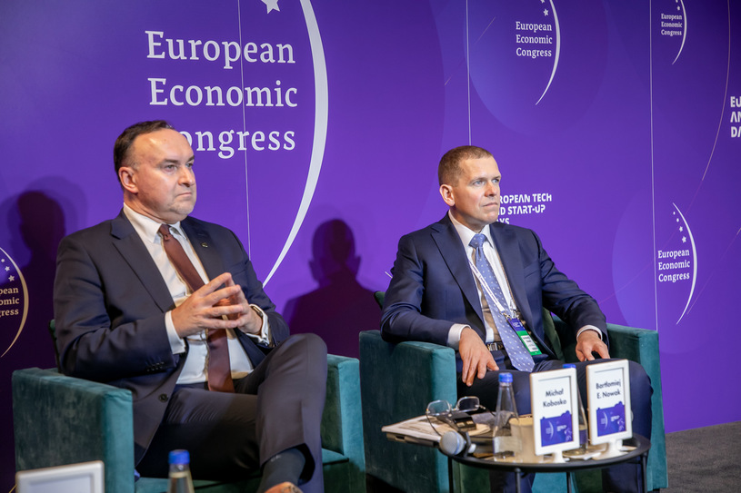 From left: Mikhail Kobusko, President of Poland 2050, Szimon Hochonia and Bartomij Nowak, Professor of Political Science from the Vistula Academy/Photo.  Ireneus Rick / INTERIA.PL