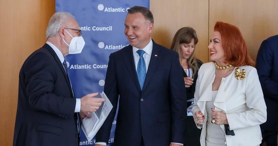 """""""W tej chwili administracja prezydenta Joe Bidena ma wiele problemów, w tym Afganistan, którym musi się zająć i są to znacznie bardziej pilne potrzeby niż współpraca w relacjach z Polską, w których nic złego się nie dzieje"""" - powiedział na briefingu w Nowym Jorku prezydent Andrzej Duda pytany o ewentualne spotkanie z przywódcą USA."""