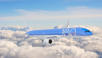 However, KLM will resume its contacts with the United States