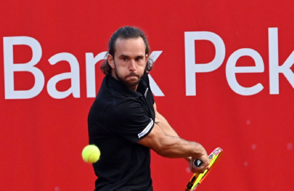 """A Polish surprise at the Pekao Szczecin Open.  Tournament """"two"""" won the evening beating"""