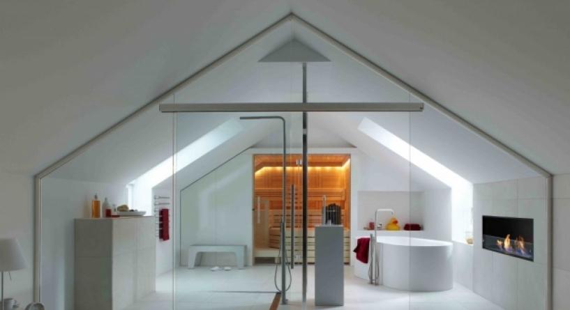 Charming bathroom design in the attic