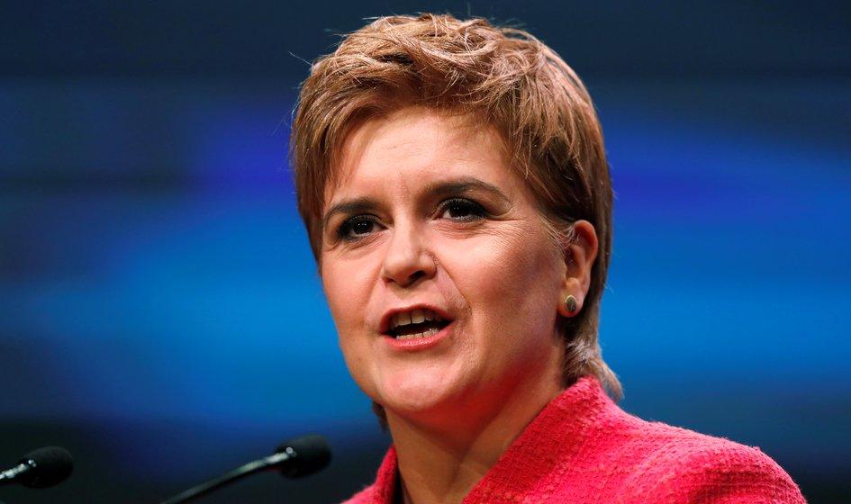 Sturgeon urges London government to agree to Scottish referendum