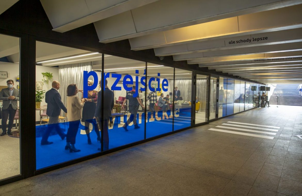 The new face of the Świdnickie pass.  A space for dialogue was created there [ZDJĘCIA]