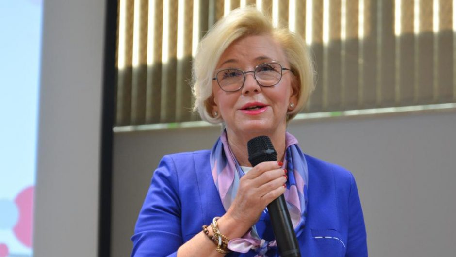 """Deputy Minister Merzina Mashajik is a guest at the conference """"Expected Changes based on the Education for All Model"""" - Ministry of Education and Science"""