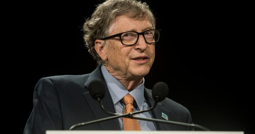 Bill Gates fell from the podium of the richest people in the United States.  Divorce exhausted his wallet