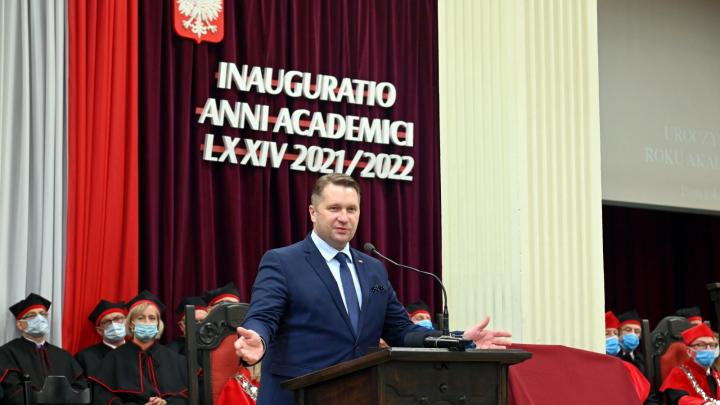 Kazarnik: We cannot favor the development of science only in certain cities