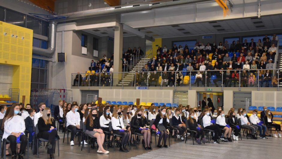 Students of Pleszew Schools received scholarships from the city of Pleszew and the Pleszew commune
