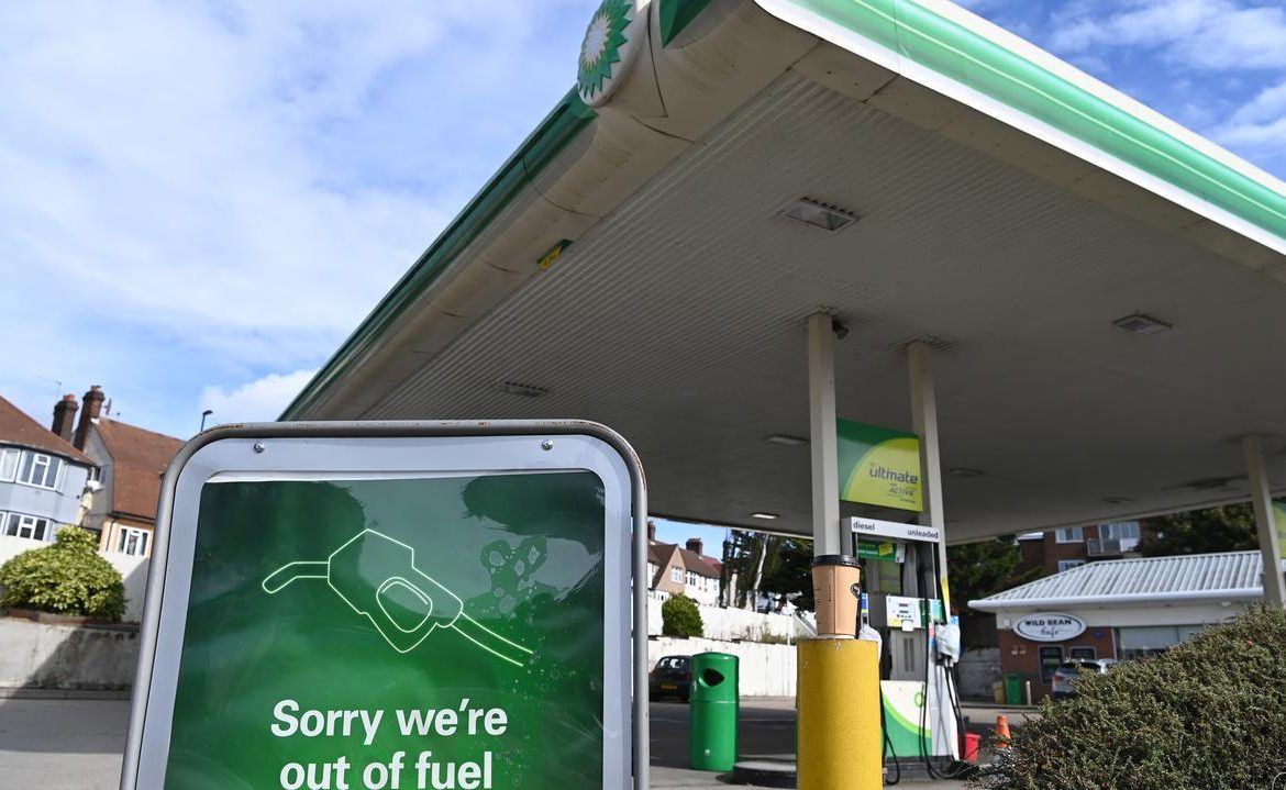 The fuel crisis in Great Britain.  Drivers did not advance as expected
